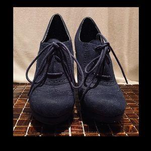 Blue Ultra-suede Platform lace up oxfords - size 9